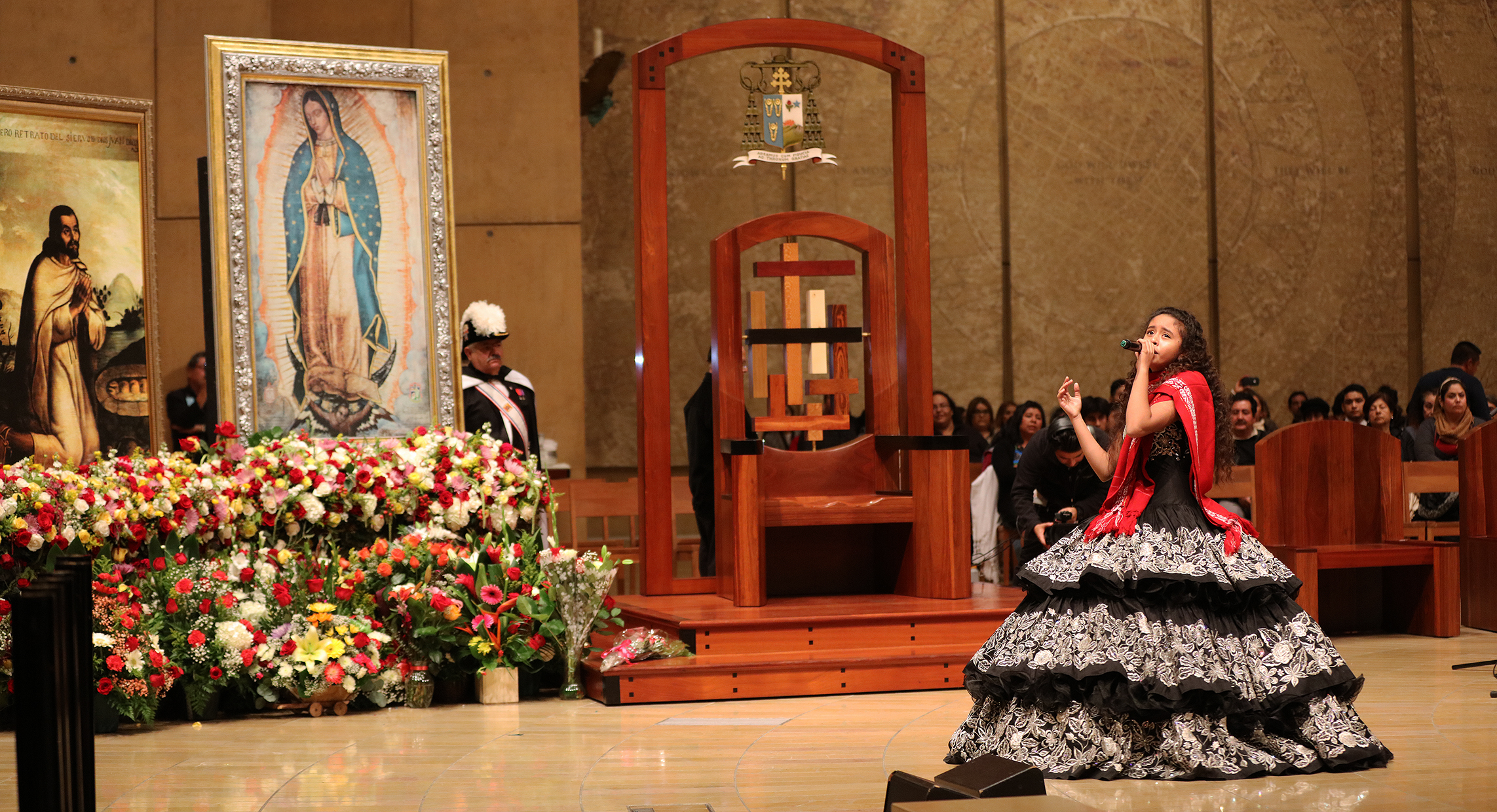 virgin-of-guadalupe-tribute-cathedral-16